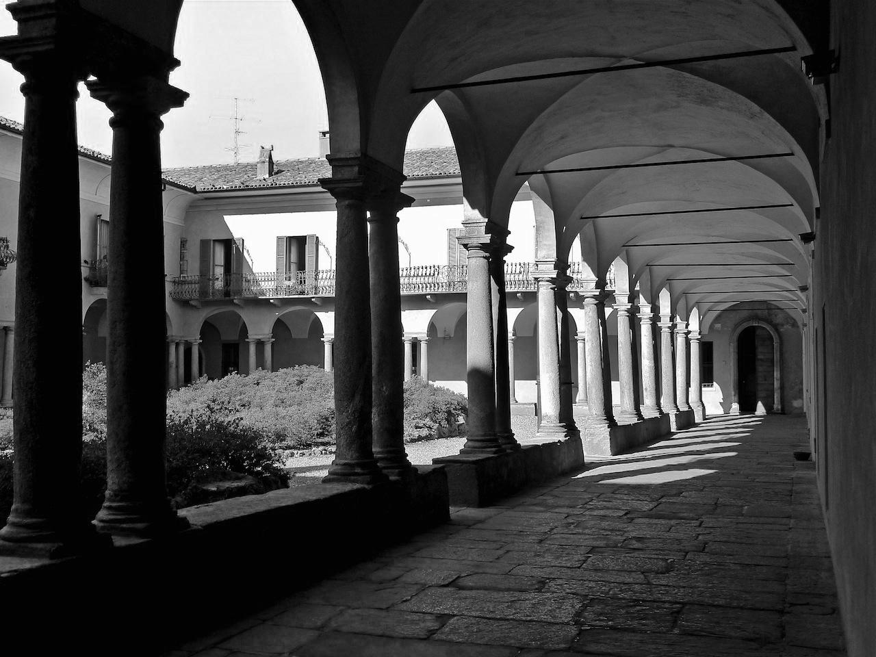 Ex Convento di Sant'Antonino 1550. Restaurato dall'archittetto Luciano Marè sede studio.