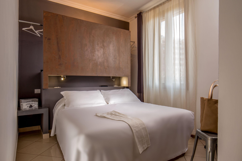 Crossroad Hotel Roma.
