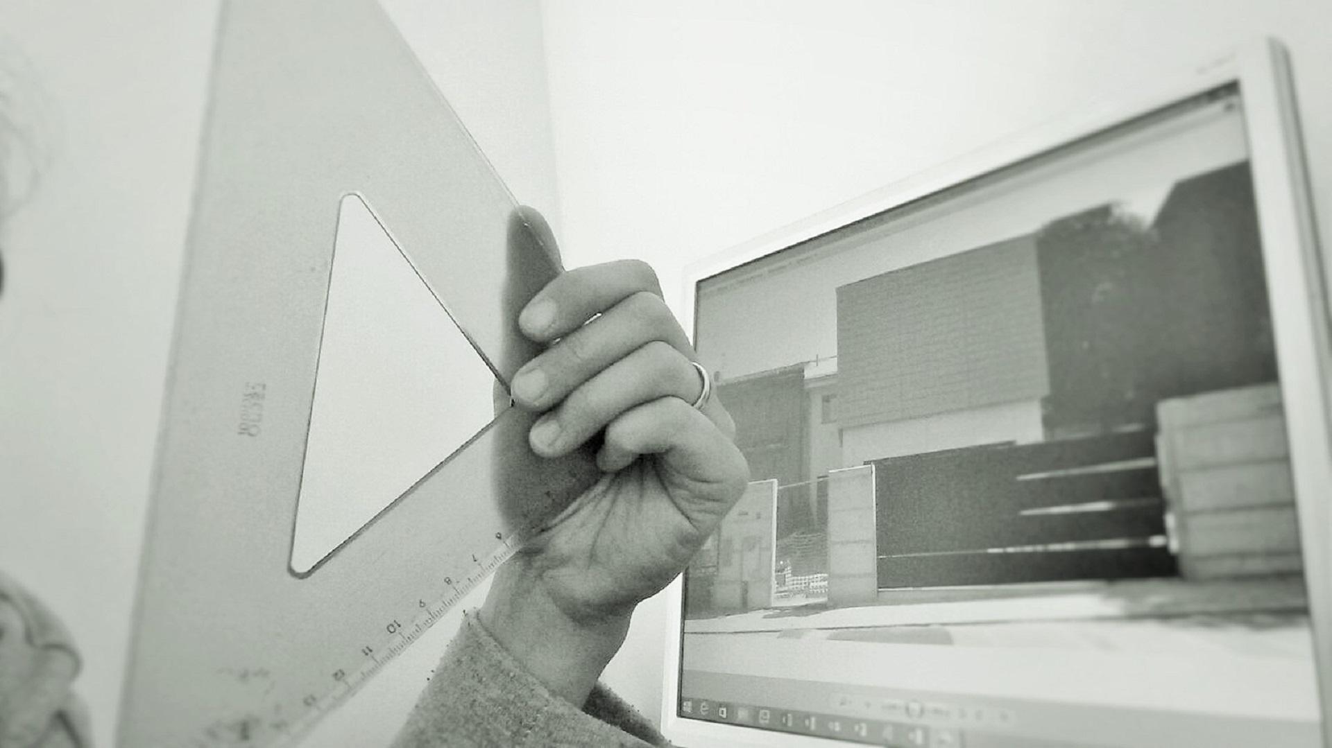 foto dello schermo del computer raffigurante l'immagine dell'edificio oggetto dell'evento