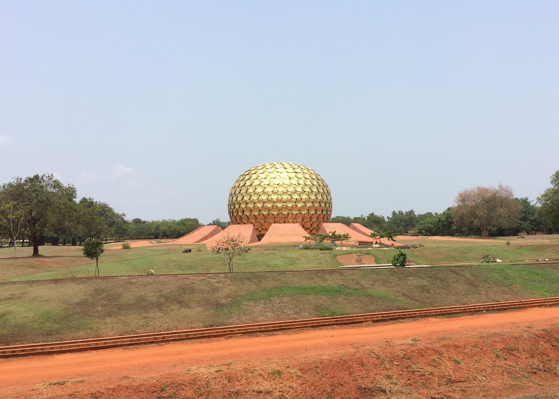 Auroville città utopistica che sorge nel distretto di Viluppuram -Tamil Nadu in India.