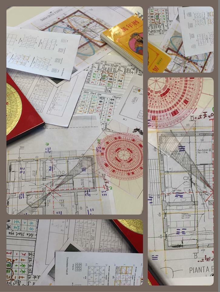 fotografia di alcune schede di lavoro