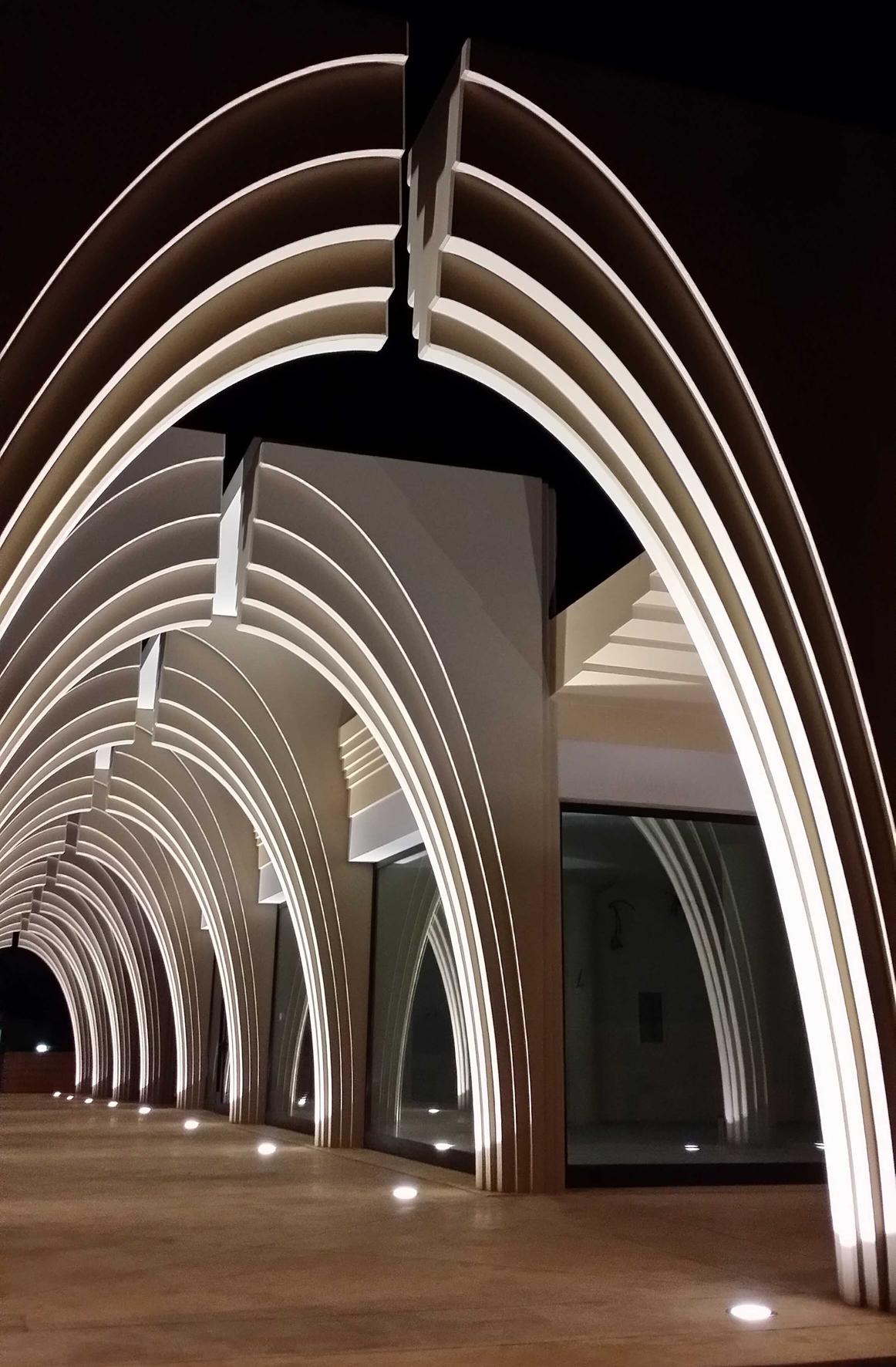 FOTOGRAFIE DEL MERCATO COPERTO. Controllare lo  spazio attraverso la luce e le ombre.