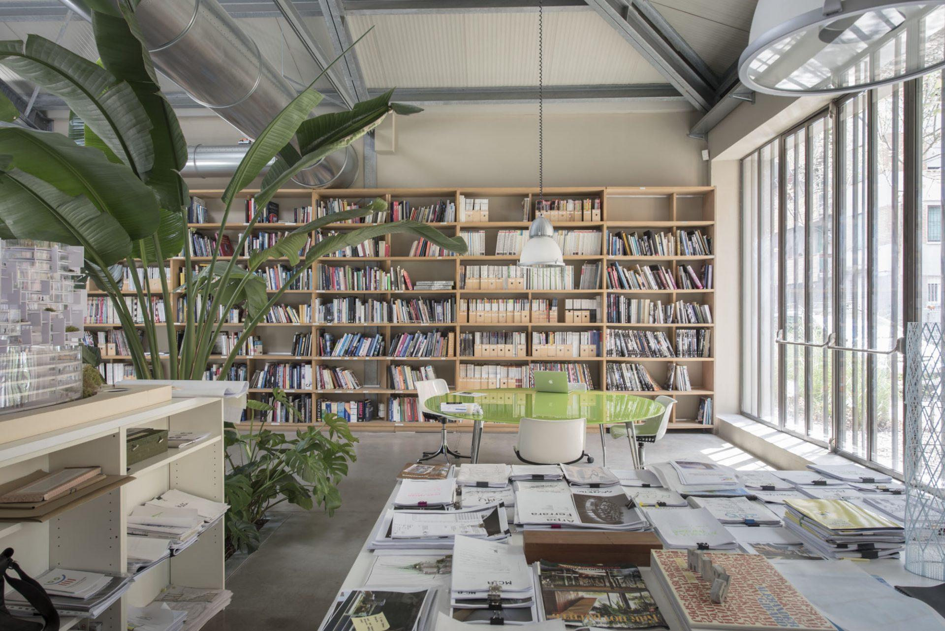 Il tavolo dell'architetto: Mario Cuicnella Architects