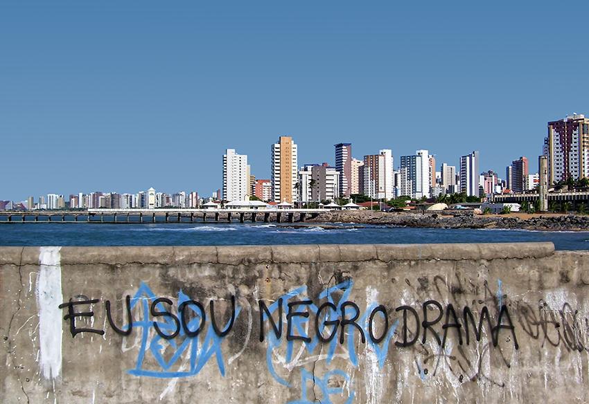 Copertina del libro 'Sudamericana': panorama di Fortaleza (Brasile)