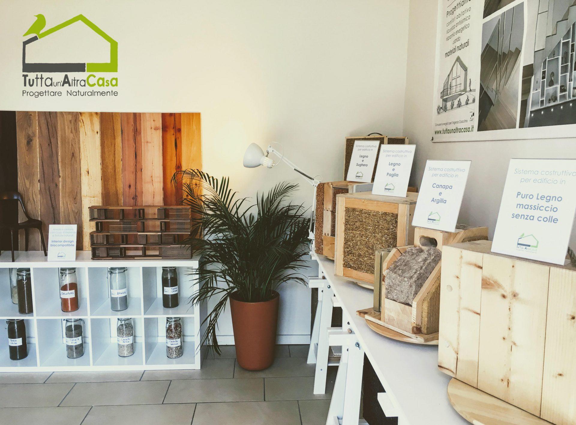 Showroom dello studio di architettura ecologica Tutta un'altra casa