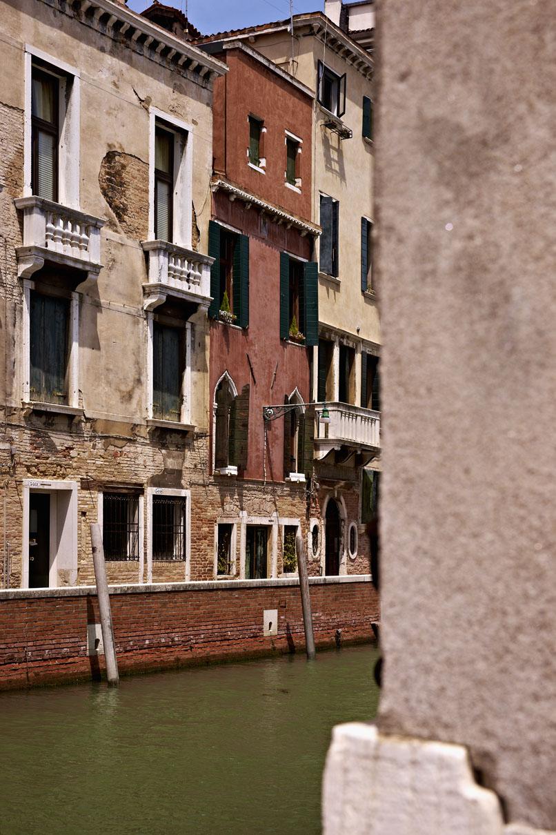 Venezia, sestiere di Dorsoduro n°3549, cap 30123 - Studio RLC