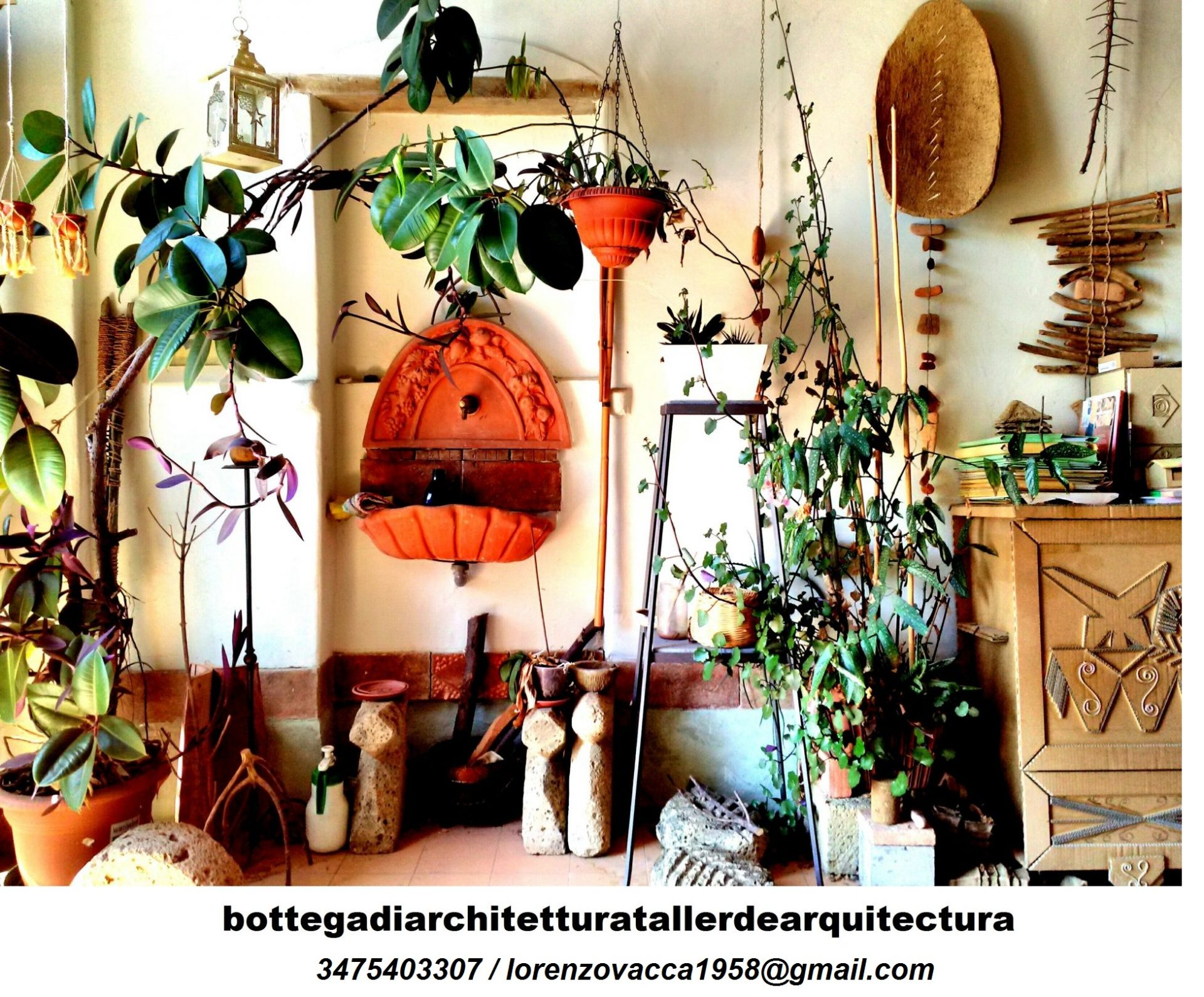 Fotografia dell'interno dello studio di architettura.