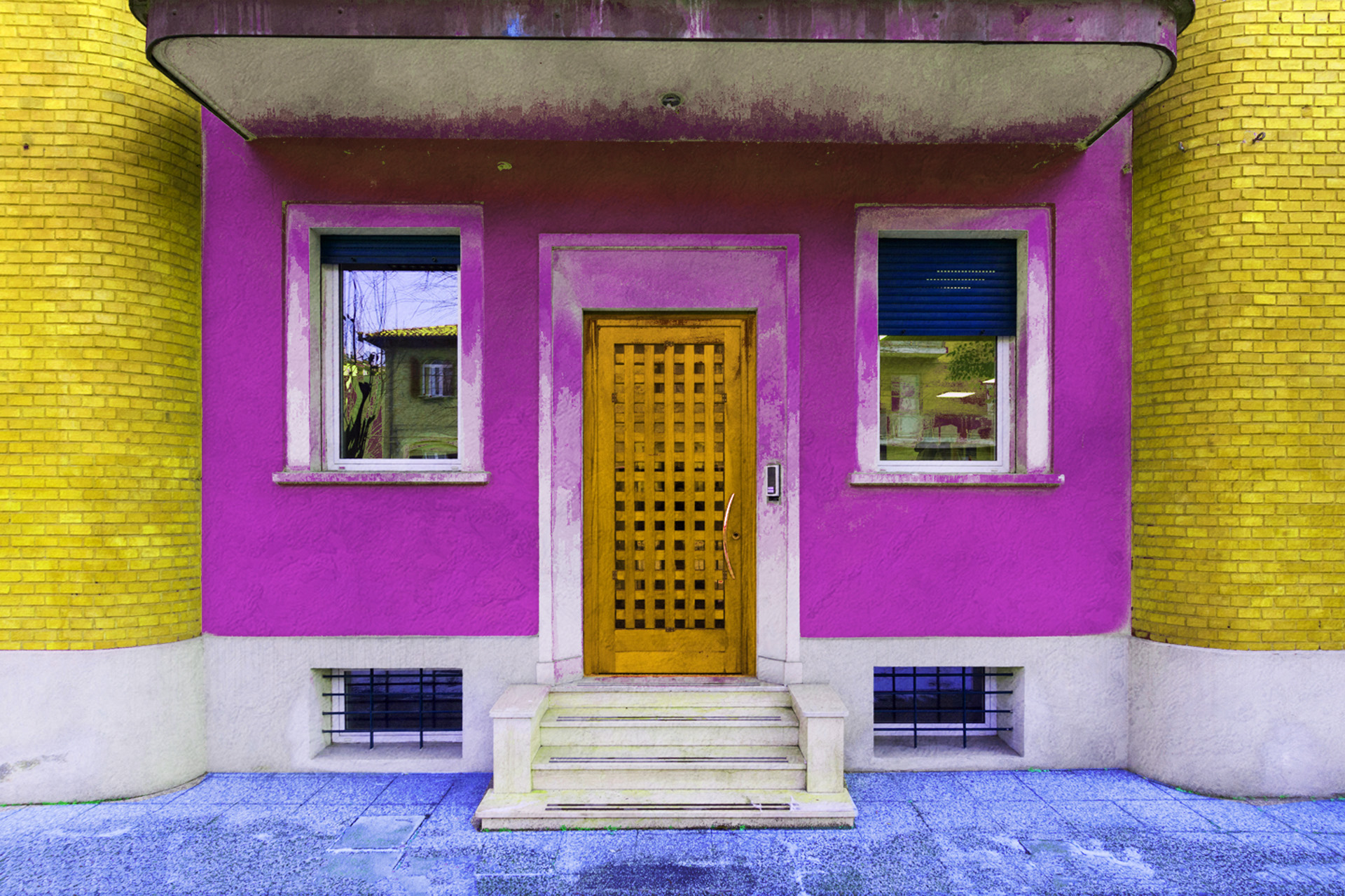 Fotografia dell'ingresso dello studio
