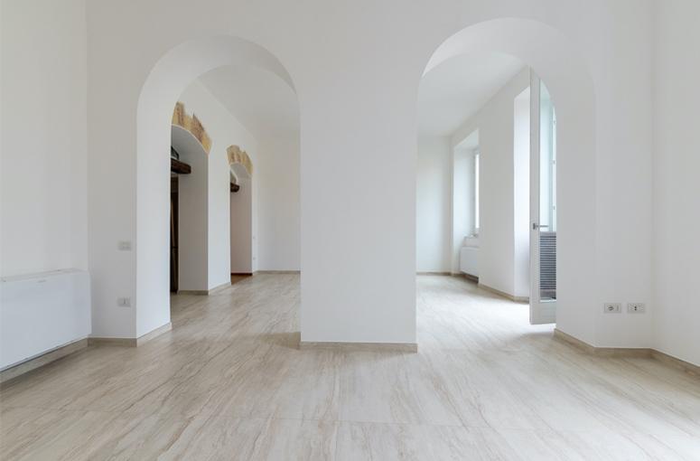 Salone di Casa Boi, restauro di un'abitazione in un edificio storico a Cagliari.
